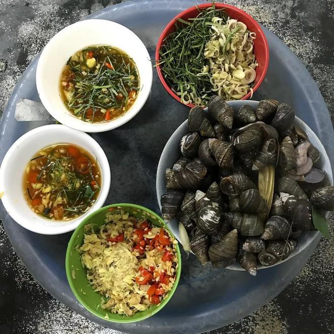 """1001 quán ốc """"sương sương"""" cho anh chị em Hà Nội tranh thủ đi ăn nhân ngày mát mẻ - Ảnh 2."""