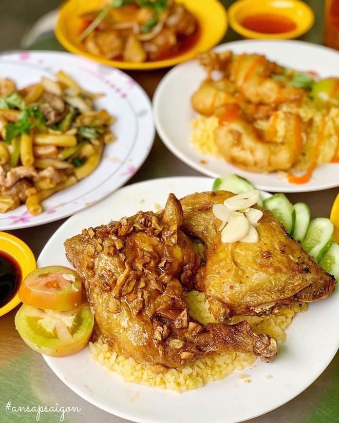 Sài Gòn giòn tan với một list địa chỉ cơm gà xối mỡ - Ảnh 3.