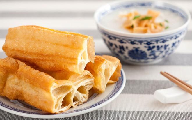 """Món ăn sáng xuất hiện liên tục trong bộ phim """"Gửi thời thanh xuân ấm áp"""" hoá ra cũng rất quen thuộc ở Việt Nam - Ảnh 3."""