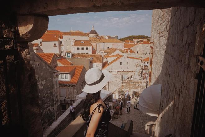 Lưu ngay loạt bí kíp du lịch đến Dubrovnik - bối cảnh chính trong bộ phim bom tấn Game of Thrones - Ảnh 2.