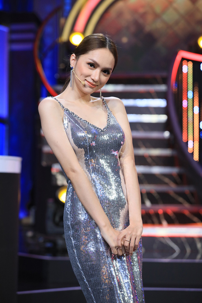 Hương Giang thừa nhận xinh đẹp là nhờ... bác sĩ giỏi - Ảnh 3.