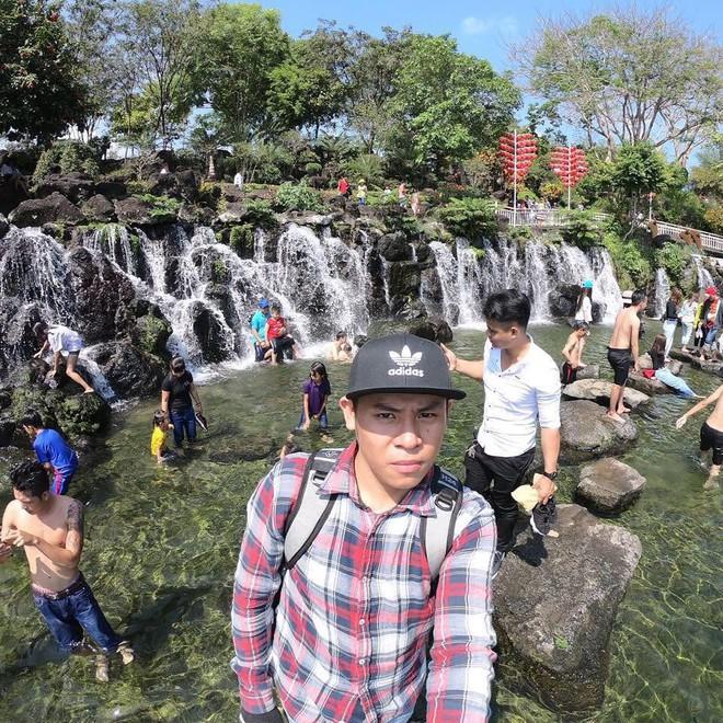 """""""Hot hòn họt"""" công viên Suối Mơ ngay sát Sài Gòn: Lên hình có vẻ ảo đấy nhưng ngoài đời có phải hơi sến không? - Ảnh 6."""