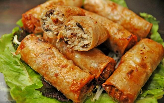 Chuyên trang du lịch uy tín quốc tế nhận định có tận... 11 món ăn Việt Nam ngon không kém gì phở trong mắt du khách nước ngoài - Ảnh 4.