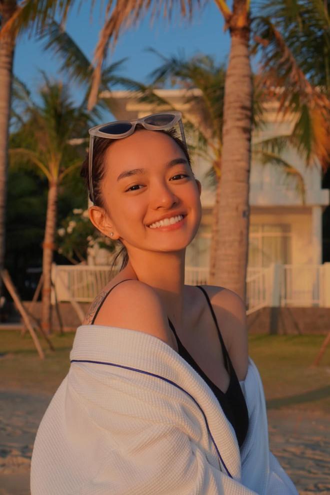 Hành trình nhan sắc của Kaity Nguyễn: Từ hotgirl ngực khủng đến ngọc nữ, lột xác ngoạn mục nhờ hút mỡ vòng 1 và giảm 9kg - ảnh 19