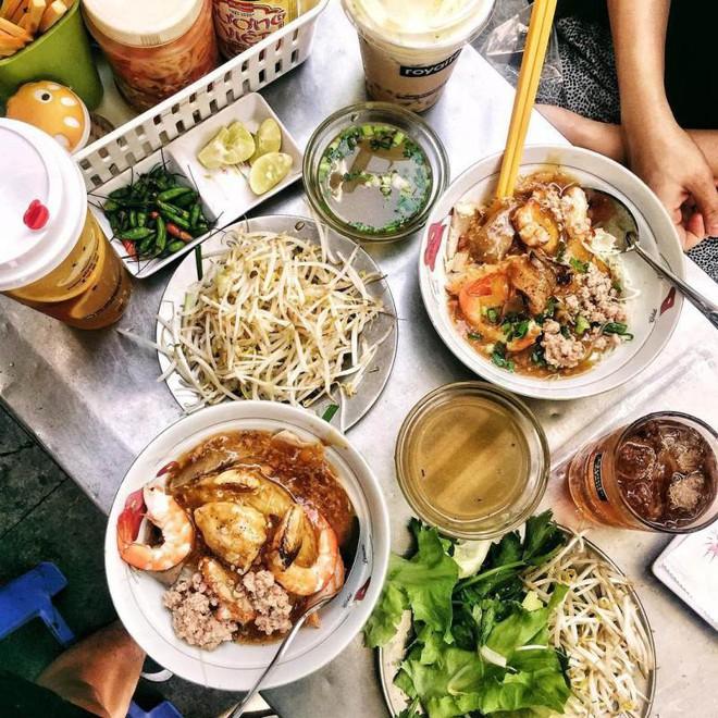 Điểm danh 4 món hủ tiếu mang âm hưởng của 4 vùng đất khác nhau ngay tại Sài Gòn - Ảnh 5.
