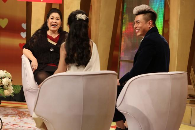 """Chuyện tình 7 năm của Lê Dương Bảo Lâm và nữ trợ lý: """"Ở nhà bị gọi là công chúa, vợ như là mẹ"""" - Ảnh 4."""