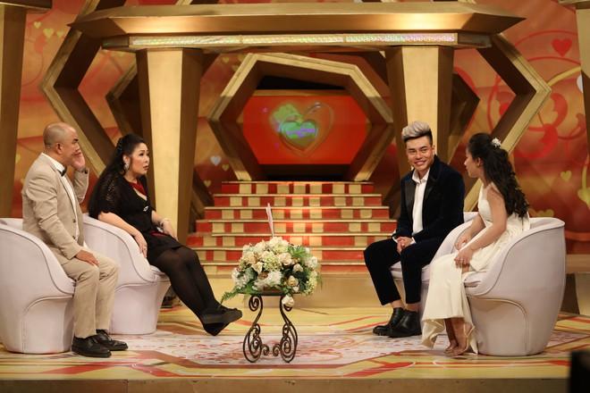 """Chuyện tình 7 năm của Lê Dương Bảo Lâm và nữ trợ lý: """"Ở nhà bị gọi là công chúa, vợ như là mẹ"""" - Ảnh 5."""