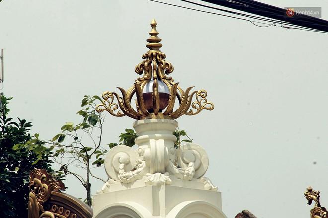 """Về """"làng tỷ phú"""" Nam Định chiêm ngưỡng những tòa lâu đài nguy nga tráng lệ theo phong cách Châu Âu - Ảnh 12."""