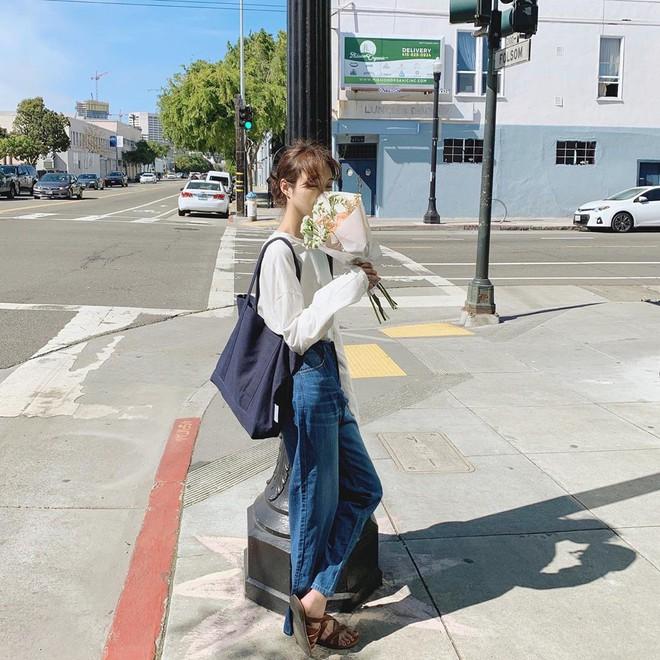 Đừng đắm đuối với túi da, mùa hè đeo túi vải vừa xinh vừa bảo vệ môi trường mới là đỉnh nhất - Ảnh 2.