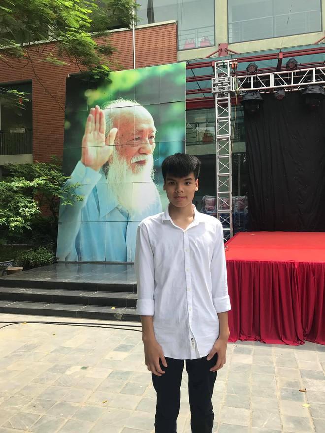 Con trai nữ lao công bị xe điên đâm tử vong trên đường phố Hà Nội đỗ lớp 10 trường Lương Thế Vinh - Ảnh 2.