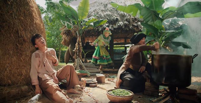 Thật thú vị: Cả vũ trụ văn học Việt Nam tụ hội trong MV Để Mị nói cho mà nghe của Hoàng Thùy Linh! - Ảnh 7.