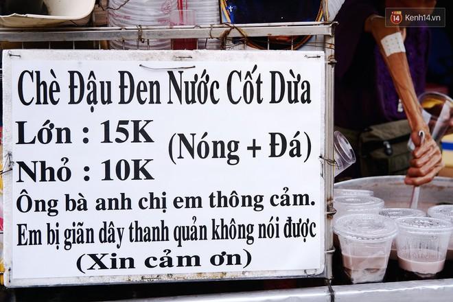 Bà cụ gầy gò với cân nặng chỉ 25kg ở Sài Gòn, 30 năm tần tảo bên gánh chè nuôi gia đình - Ảnh 4.
