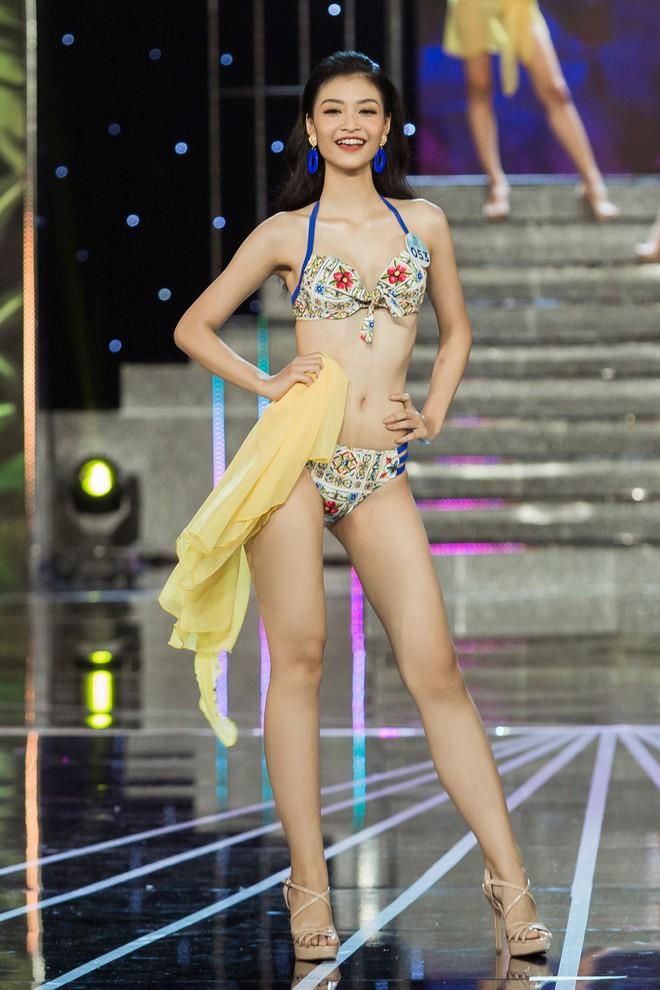 Đọ sắc vóc 20 mỹ nhân lọt Top, chạm gần tới tấm vé kế nhiệm Tiểu Vy lên đường đến Thái thi Miss World 2019 - Ảnh 15.