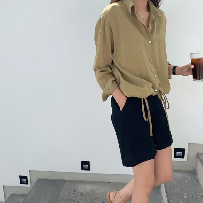 Nếu mặc gì cũng muốn lịm đi vì nóng, 3 cách lên đồ với vải thô mát rượi từ đầu đến chân này chính là dành cho bạn - Ảnh 3.