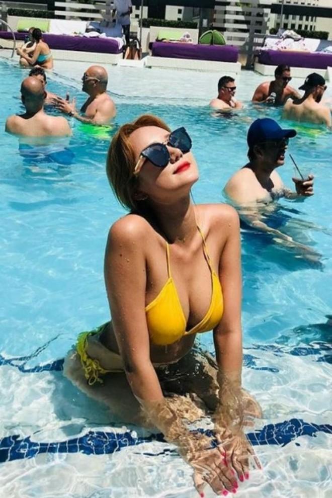 """Trời 60 độ cũng phải """"tắt nắng"""" vì dàn idol nữ Kpop sở hữu body chuẩn Tây: Nét nóng bỏng thay đổi cả quy chuẩn! - Ảnh 11."""