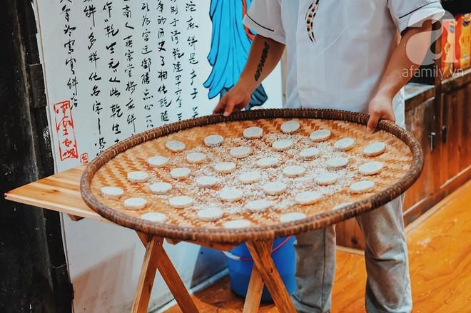 Kinh nghiệm du lịch Phượng Hoàng Cổ Trấn chỉ 13 triệu/người cho 9 ngày mà ở homestay đẹp, ăn uống tùy hứng - Ảnh 9.