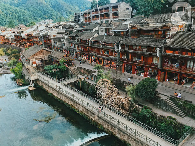 Kinh nghiệm du lịch Phượng Hoàng Cổ Trấn chỉ 13 triệu/người cho 9 ngày mà ở homestay đẹp, ăn uống tùy hứng - Ảnh 6.