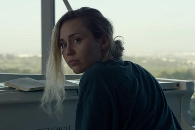 8 phim hấp dẫn lên sóng Netflix tháng 6: Black Mirror của Mỹ Lệ sẽ gây bão, số 4 là sự trở lại của huyền thoại! - Ảnh 1.