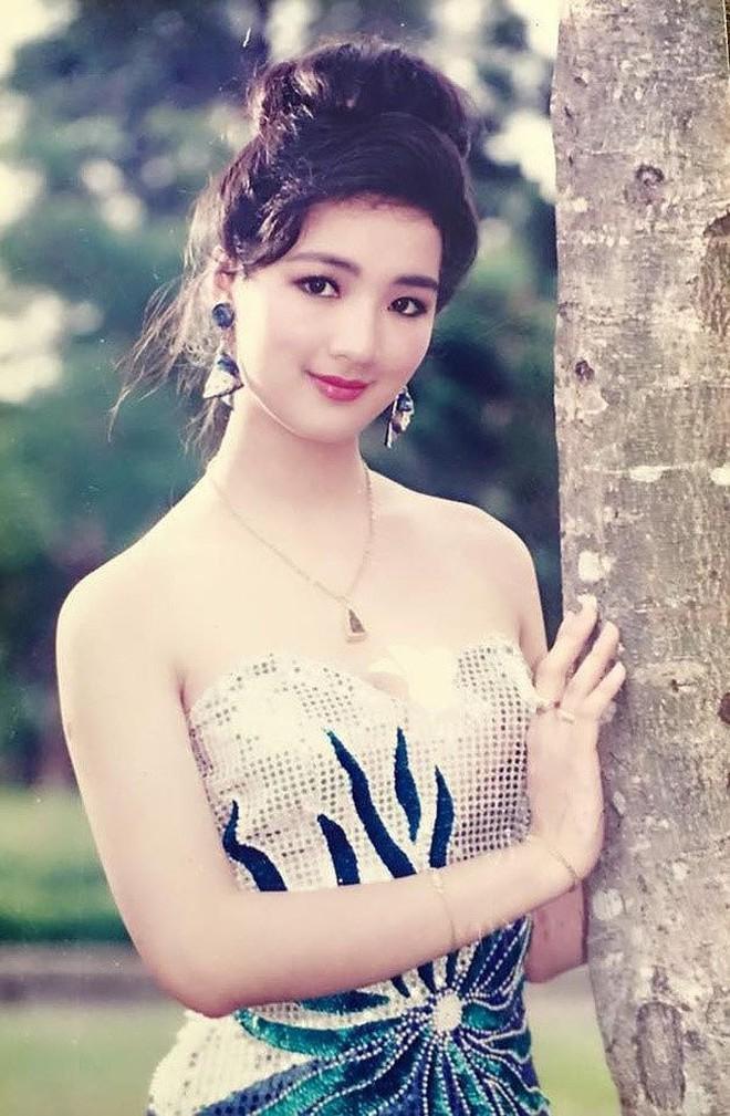 Đỉnh cao nhan sắc dàn Hoa hậu U40, U50 của Vbiz: Đăng quang cả thập kỷ vẫn đẹp đến ngỡ ngàng! - Ảnh 5.