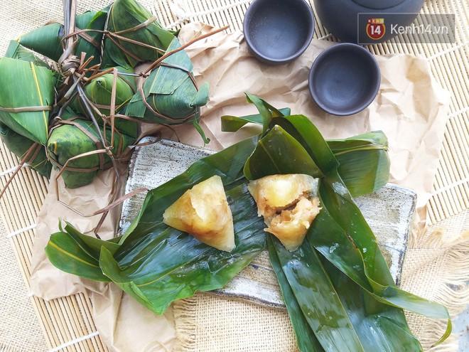 Cùng là bánh cho Tết Đoan Ngọ mà giữa Hà Nội và Sài Gòn đã khác nhau thế này - Ảnh 1.