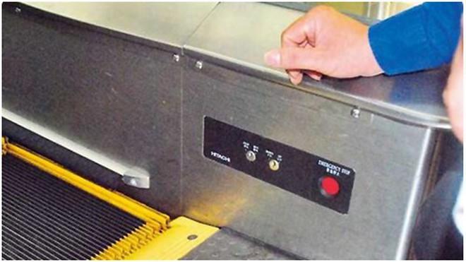 """Nút """"Dừng khẩn cấp"""" của thang cuốn nằm ở đâu? Nhiều người đi cả tỷ lần rồi vẫn không biết, đến khi sự cố xảy ra không ứng phó kịp - Ảnh 3."""