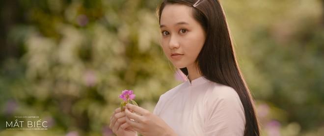 Teaser Mắt Biếc cảnh đẹp ngút ngàn cũng không bằng một câu hát, netizen Việt đồng loạt gọi tên Phan Mạnh Quỳnh! - Ảnh 2.