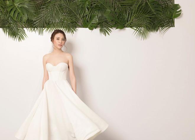 """Đàm Thu Trang tung thêm ảnh cưới trước ngày trọng đại, bờ lưng trần gợi cảm đúng là """"mướt mắt"""" - Ảnh 3."""
