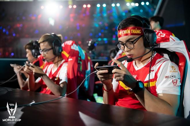Kỳ tích: Đội tuyển Việt Nam (Team Flash) đánh bại đối thủ mạnh thế giới, đăng quang ngôi vô địch AWC 2019, rinh giải thưởng 4,6 tỉ đồng - Ảnh 9.