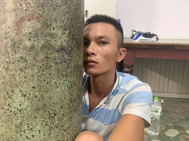 Nghi phạm cứa cổ tài xế GrabBike ở Sài Gòn bị bắt khi đang lẩn trốn ở Bà Rịa - Vũng Tàu - Ảnh 1.