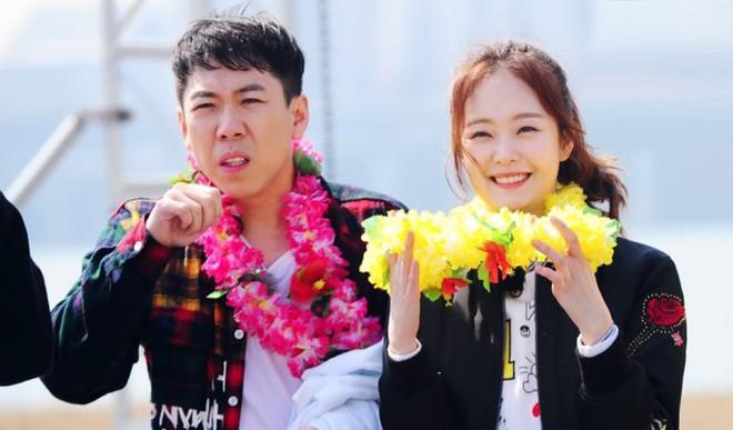 Nhà sản xuất Running Man chia sẻ: Jeon So Min có một nét quyến rũ vụng về không thể tin được - Ảnh 2.