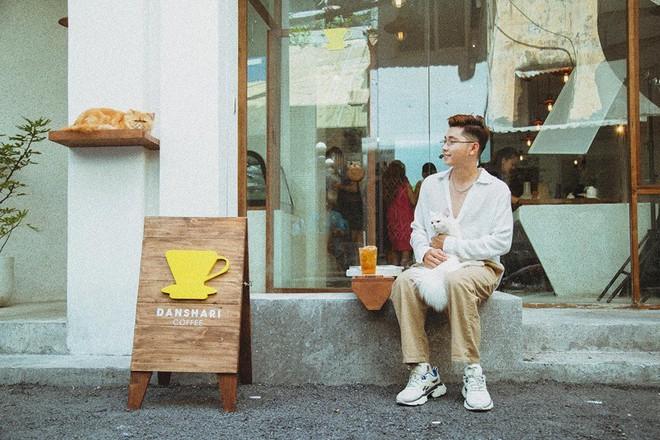 Quán cafe dính drama với Khánh Linh nói có bằng chứng cô nàng thay đồ để chụp ảnh, cô em trendy phản ứng ra sao? - Ảnh 2.