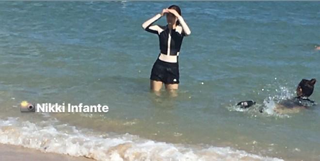 Ở đâu cũng mặc sexy hết cỡ, cứ tưởng Jennie đi biển Hawaii sẽ bung lụa bikini khoe body, ai ngờ... kín như bưng - Ảnh 9.