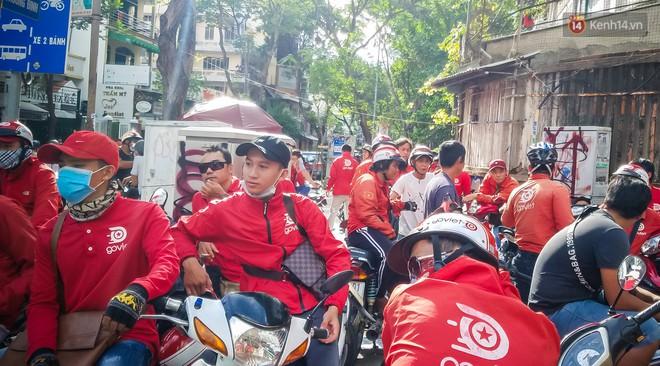 Đại diện Go-Viet lên tiếng khi hàng trăm tài xế ở Sài Gòn tắt app, tập trung đình công phản đối chính sách mới - Ảnh 3.