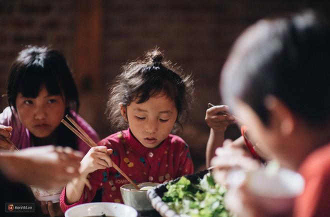 Căn bếp trên đỉnh đồi và những clip nấu ăn của cô gái bỏ phố thị lên Sa Pa ẩn cư - Ảnh 11.
