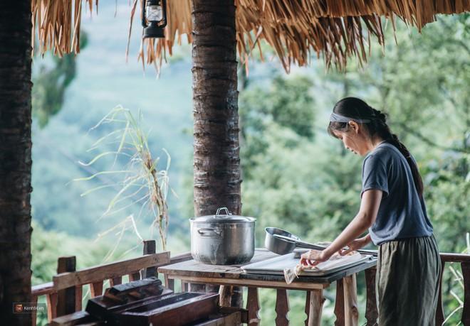 Căn bếp trên đỉnh đồi và những clip nấu ăn của cô gái bỏ phố thị lên Sa Pa ẩn cư - Ảnh 25.
