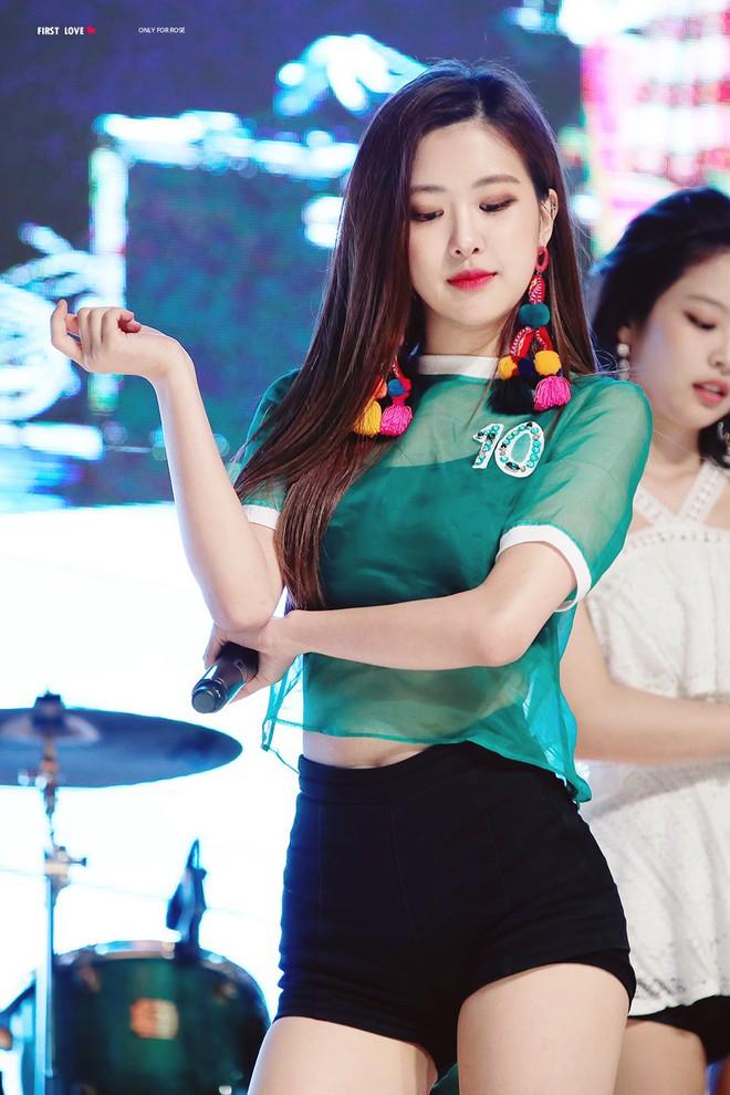 Idol Hàn chẳng bao giờ phải lo mặt to vì họ luôn găm sẵn 5 bí kíp đơn giản mà cực kỳ hữu hiệu - Ảnh 3.