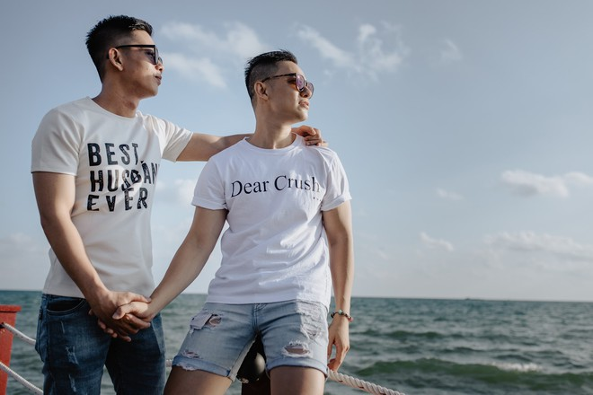 Những tình yêu đồng tính không bao giờ trễ nhịp: Buồn vui hay đau khổ, đi một vòng rồi cũng tìm thấy nhau - Ảnh 13.