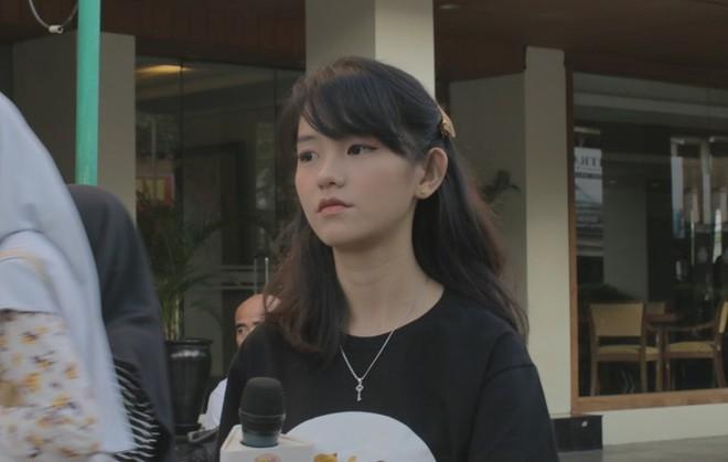 22 tuổi đã ngồi vào ghế thẩm phán lại xinh đẹp vô cùng, nữ sinh được dân mạng hỏi xin info không ngớt - Ảnh 8.