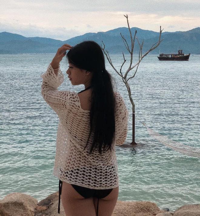 Con gái út NSƯT Chiều Xuân nay đã 15 tuổi: Thần thái nhÆ° hoa hậu, diện bikini đầy quyến rÅ© - Ảnh 4.