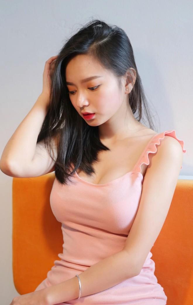 Hăm he giựt spotlight Elly Trần, Thuỷ Top, dàn hot girl thế hệ mới sở hữu mặt học sinh - ngực khủng phụ huynh liệu có đủ tầm? - Ảnh 18.