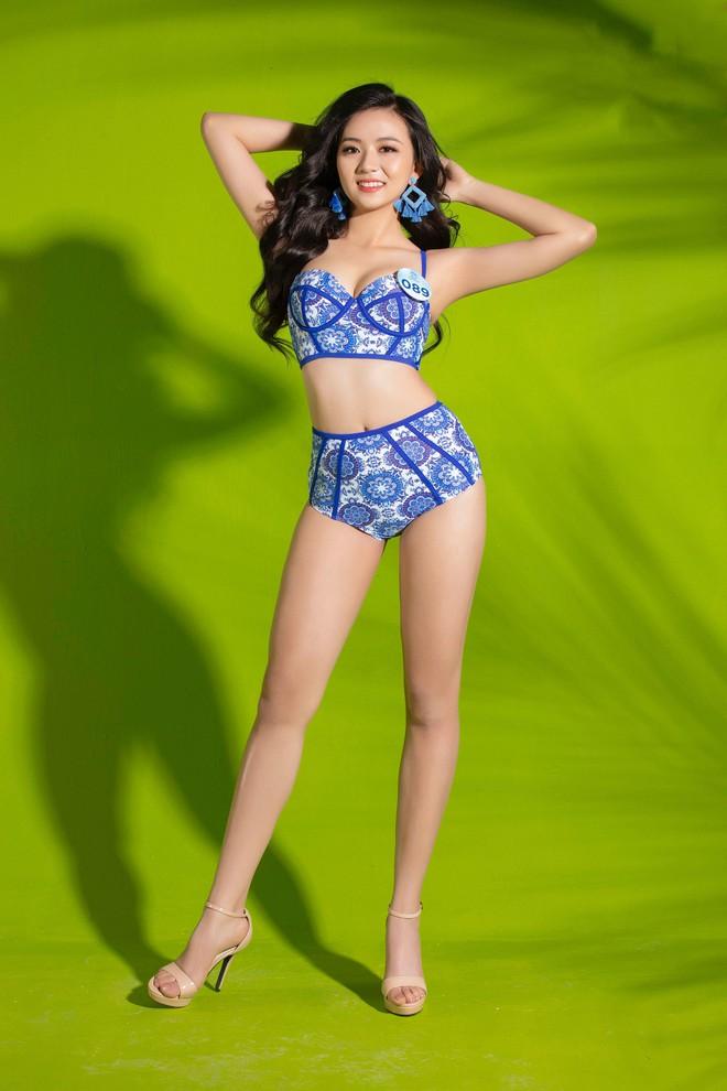 Mỹ nhân Miss World Việt lại khoe body bốc lửa trong bộ ảnh bikini thiêu đốt mùa hè: Ai có tiềm năng nhất? - Ảnh 4.
