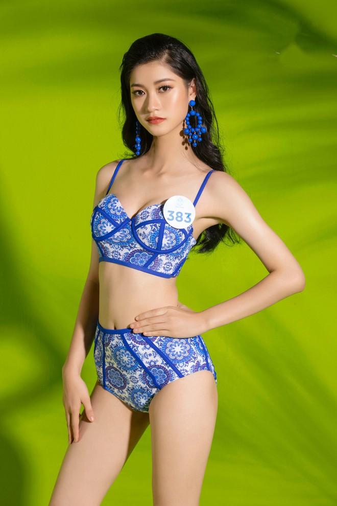 Mỹ nhân Miss World Việt lại khoe body bốc lửa trong bộ ảnh bikini thiêu đốt mùa hè: Ai có tiềm năng nhất? - Ảnh 13.