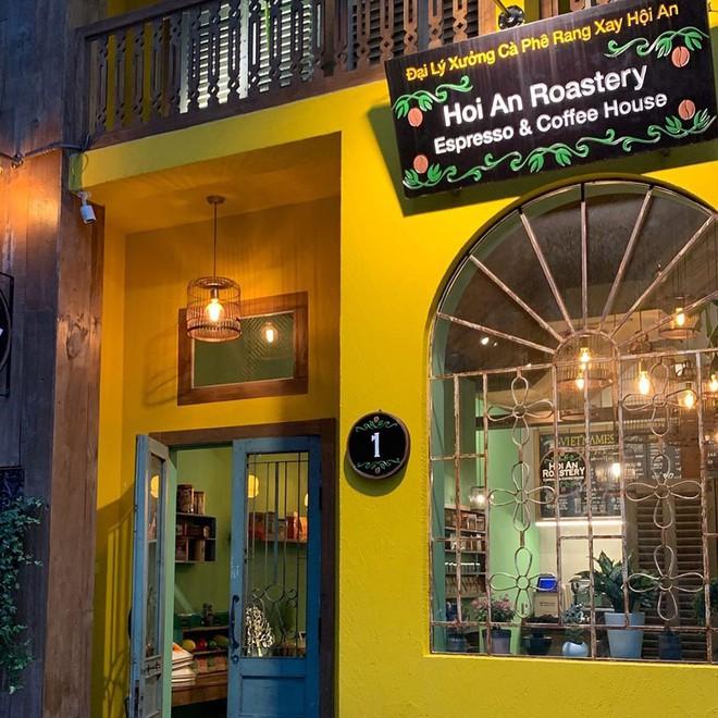 Sau bánh mì Phượng và Cộng, lại thêm một quán cà phê nổi tiếng Hội An được xuất khẩu sang Hàn Quốc - Ảnh 3.