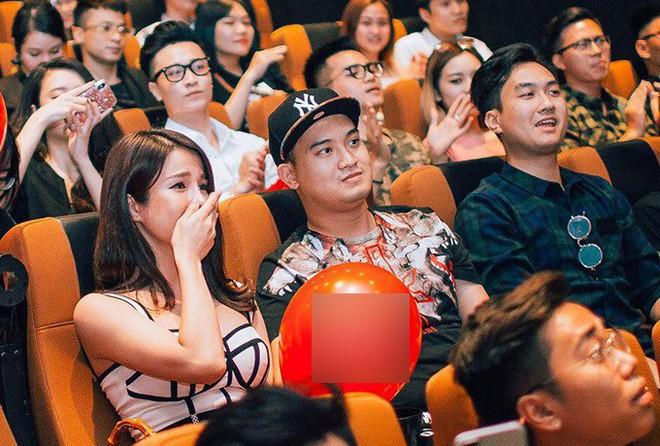 Trước Đông Nhi - Ông Cao Thắng, showbiz Việt đã nhiều lần rộn ràng với những màn cầu hôn đi vào lịch sử! - Ảnh 12.
