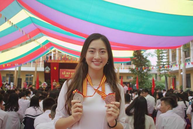 Nữ sinh Ngoại thương là ứng viên nặng ký của vương miện Hoa hậu thế giới Việt Nam 2019: IELTS 7.5, thành viên đội tuyển HSG Quốc gia tiếng Anh - Ảnh 5.