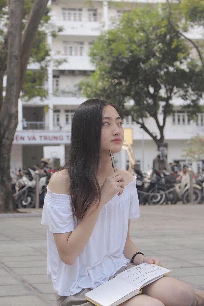 Nữ sinh Ngoại thương là ứng viên nặng ký của vương miện Hoa hậu thế giới Việt Nam 2019: IELTS 7.5, thành viên đội tuyển HSG Quốc gia tiếng Anh - Ảnh 8.