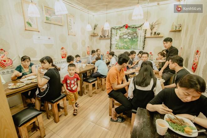 Quán chay từ thiện độc nhất vô nhị ở Sài Gòn: ăn tuỳ bụng trả tiền… tuỳ tâm - Ảnh 9.