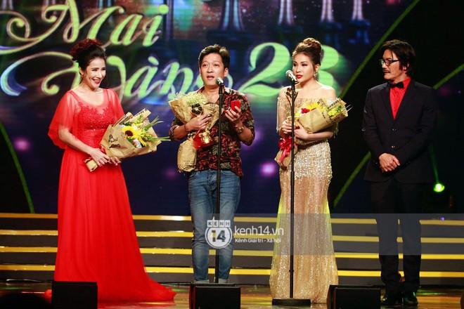 Trước Đông Nhi - Ông Cao Thắng, showbiz Việt đã nhiều lần rộn ràng với những màn cầu hôn đi vào lịch sử! - Ảnh 9.