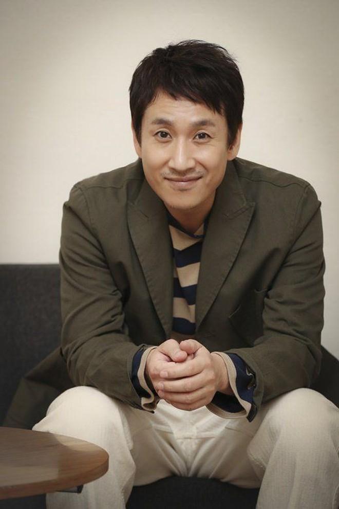 """Khoan kết luận phim Hàn ngày càng dở vì 9 """"dân anh chị"""" hàng xịn sắp đổ bộ đây này! - Ảnh 9."""