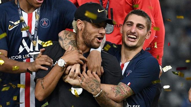 Cầu thủ đắt giá nhất thế giới vừa bị chính fan đội nhà ghẻ lạnh, sỉ nhục thậm tệ - Ảnh 3.